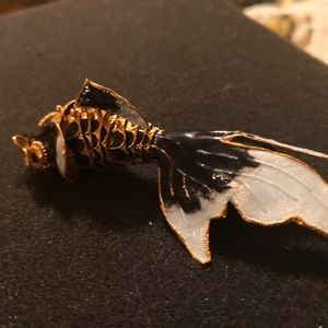 custom hand made Jewelry - Vintage enamel Asian articulated fish pendent